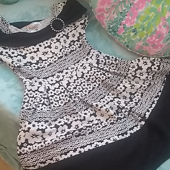Beautees Other - Beautees brand black and white off shoulder dress